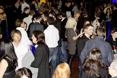 Party_A81I4062_VIS